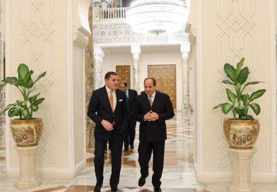 عبد الحميد دبيبة : وقعنا مع دولة مصر 13 اتفاقية بقيمة 33 مليار دولار بمجالات الطرق و الجسور و البنية التحتية و محطات توليد الكهرباء و تحلية المياه .