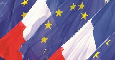 """أزمة الغواصات تهدد الحلف """"الأطلسي"""".. مسؤول بالاتحاد الأوروبي: """"شيء ما قد انكسر وفرص التقدم محدودة"""""""