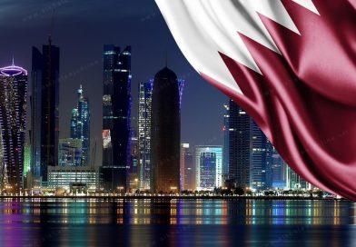 """قطر تسمح بدخول المسافرين المتلقين للقاحي """"سبوتنيك V"""" و""""سينوفاك"""""""
